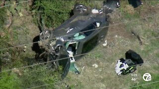 Tiger Woods injured in rollover crash in California, extricated with 'jaws of life'