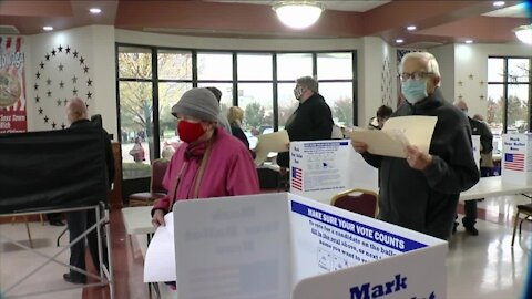 High voter turnout continues through early voting