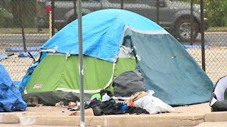 Aurora mayor proposing citywide homeless camping ban