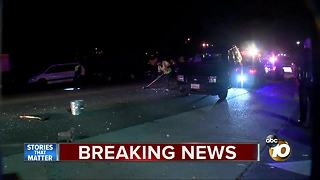 Driver hits several cars, takes off - Video