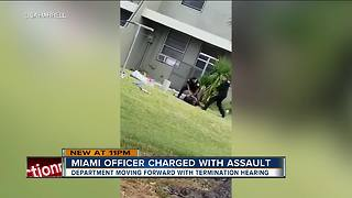 Florida police officer charged with assault denies kicking suspect in the head - Video