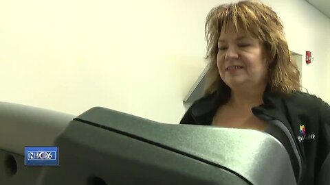 De Pere woman trains for Fox Cities 5K after bariatric surgery