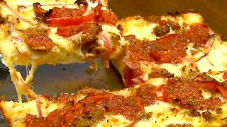 Top 4 Yummy Pizzerias Across America - Video