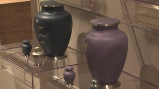 More Hoosiers turn to cremation to cut funeral costs - Video