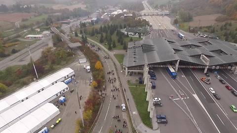 Drone footage shows refugees passing through Slovenian-Austrian border