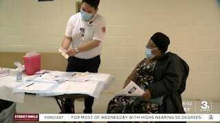 Coronavirus vaccine clinic held in North Omaha