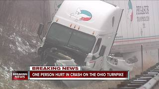 One person hurt in crash on the Ohio Turnpike - Video