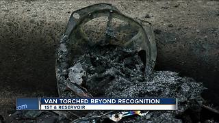 Van torched beyond recognition - Video