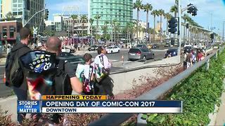Opening day of Comic-Con 2017 - Video
