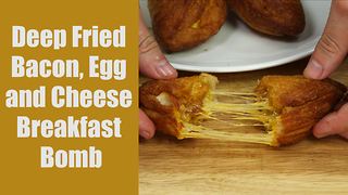 How to make cheesy bacon breakfast bombs - Video