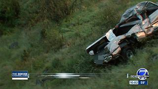 1 dead after car rolls off side of Lookout Mountain - Video