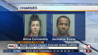 Couple caught stealing during curfew - Video