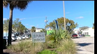 Efforts to bring more public parking to Lake Worth