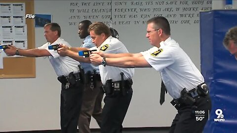 How could a police officer mistake their weapon for a Taser?