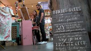 Businesses prepare to open their doors for Small Business Saturday - Video