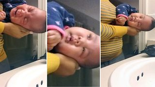 Water Sound Lullaby Puts Baby To Sleep - Video