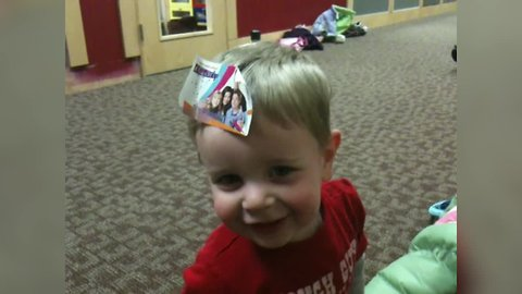 LOL – Babies get Confused by their Foreheads
