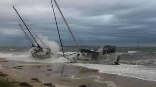 Boats Washed Ashore as Storm Batters Southwestern Perth - Video