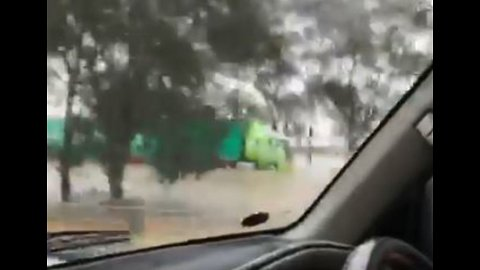 Hume Freeway Floods After Heavy Rains Hit Victoria