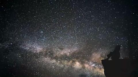 A Radiant Lyrid Meteor Shower Is Coming to Light up the Sky — Here's How to Watch