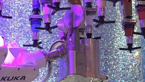 'I Don't Know How To Stop Them' — When Robots Take Las Vegas Jobs