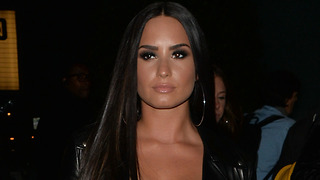 Demi Lovato LEAVES Hospital For REHAB! - Video