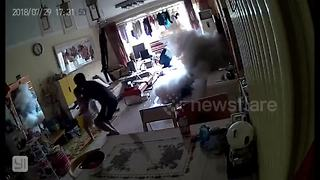Dad, daughter and dog flee as electric scooter explodes in Beijing living room while charging - Video