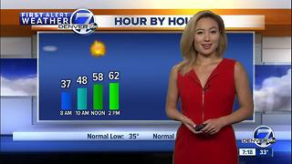 Sunny and warmer for Sunday in Denver, Colorado - Video
