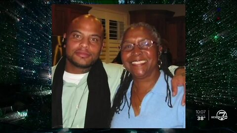 Family of man killed in Aurora on Christmas Eve 2013 still searching for answers about his murder