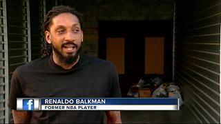 Former NBA player and Tampa resident, Renaldo Balkman collection Puerto Rico donations - Video