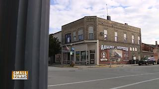Small Towns: Murals in Algoma share town's history - Video