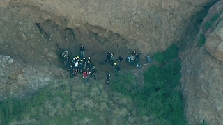 BASE jumper rescued at Camelback Mountain