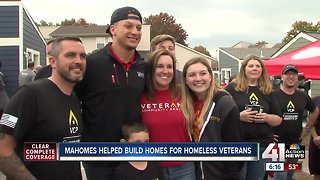 Mahomes helps build homes for veterans