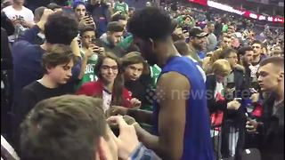 Premier League stars arrive for NBA London game - Video