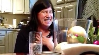 Inspiring reaction from soon-to-be grandma during pregnancy reveal  - Video