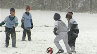 From the Vault: Kids play soccer in Halloween weekend snowstorm in Cincinnati in 1993 - Video