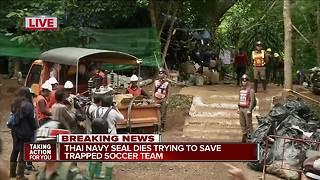 Thai cave rescue: Former navy SEAL working to rescue boys dies from lack of oxygen - Video