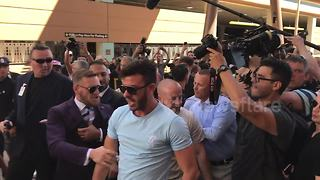 McGregor clashes with Mayweather's entourage - Video