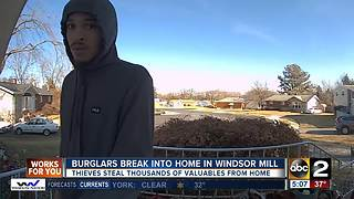 Burglars caught on homeowners surveillance camera - Video