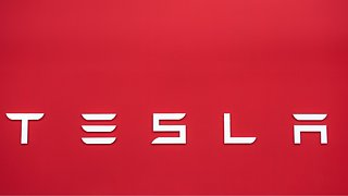 Tesla To Shutter Retail Locations