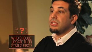When Should You Update Your Facebook Relationship Status? - Video