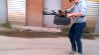 Pies fly in Russia with pizza delivering drones - Video