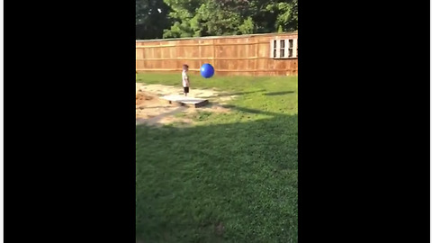 Kickball game quickly ends in expected fail