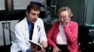 Top 5 Questions About Macular Degeneration - Video