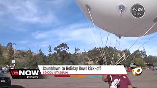 Thousands show up for Holiday Bowl at SDCCU stadium - Video