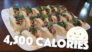 Model Devours 20 Steam Buns in Just Over 3 Minutes - Video