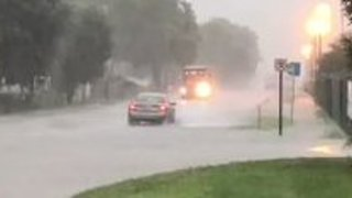 Motorists Warned of Flooding Danger as Indianapolis Streets Fill - Video