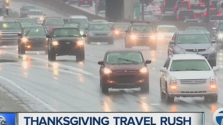 Thousands heading out for Thanksgiving Day travel - Video