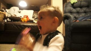 Baby Loves Noisy Candy - Video