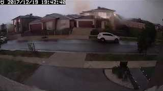 Lightning Strikes Homes During Melbourne Storm - Video